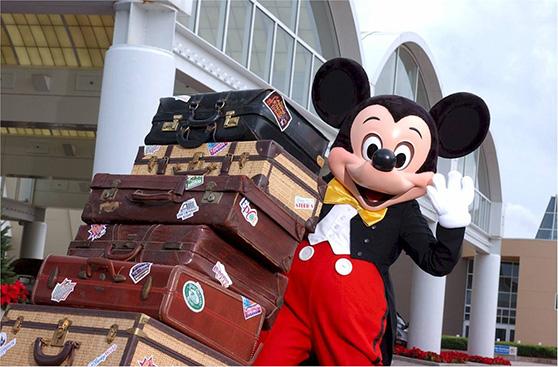 wdw_mickey_luggage